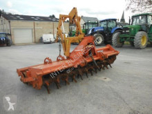 Howard HR40 agricultural implements