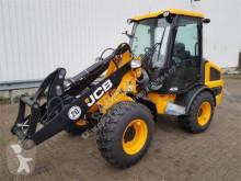 JCB 406 agricultural implements