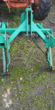 Pohyblivé zemní nástroje Kverneland