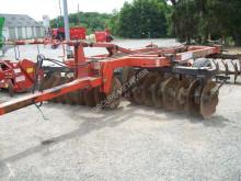 Instrumente neantrenate pentru prelucrarea solului Razol