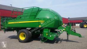 John Deere L1533 agricultural implements