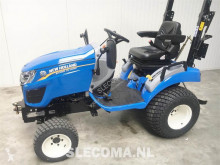 New Holland BOOMER 25 Compact HST