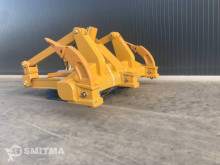 Caterpillar ripper