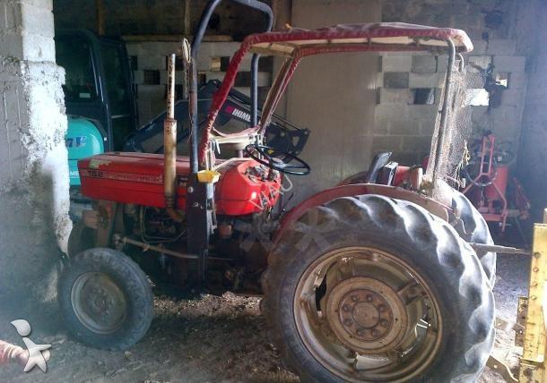 tracteur vigneron massey ferguson mf 152 v occasion n. Black Bedroom Furniture Sets. Home Design Ideas