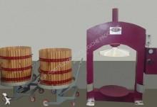 Vedere le foto Viti/vinicoltura C.E.P. PRESSA VERTICALE SIRIO/VERTICAL PRESS/BAKET PRESS/PRESSOIR HYDRAULIQUE mod SIRIO 70X