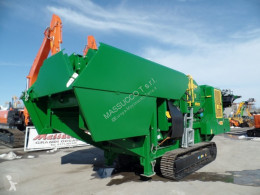 McCloskey Screen crusher