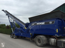 Edge conveyor crushing, recycling