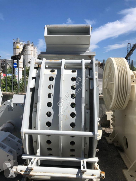 Bilder ansehen Nc MFI800P Brechen, Recycling