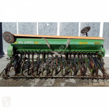 n/a RECORD 2750 seed drill