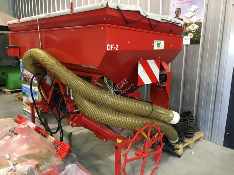 Kverneland TREMIE FRONTALE seed drill