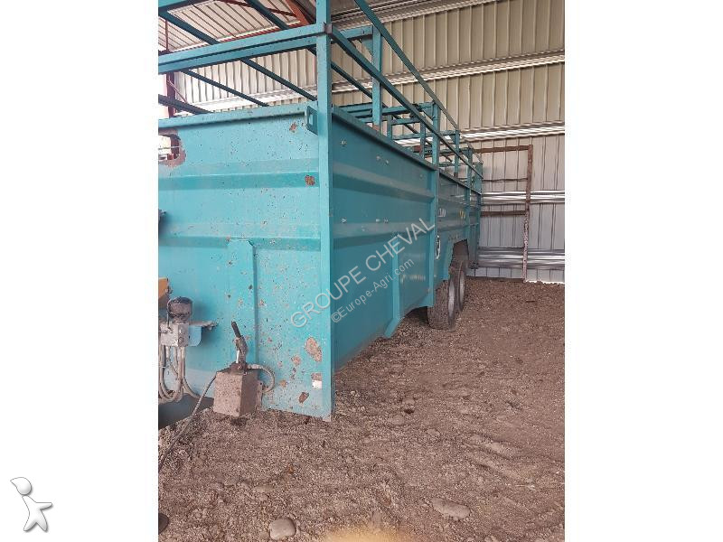 Rolland V 750 seed drill
