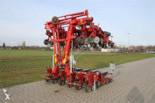 Becker CENTRA 2000RS 12 HK seed drill