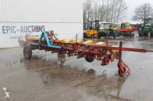 auctions seed drill used Becker n/a Centra Drill 12-rijen Bietenzaaimachine - Ad n°3102518 - Picture 1