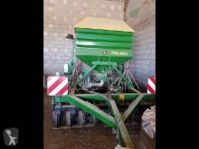 John Deere 750 A seed drill