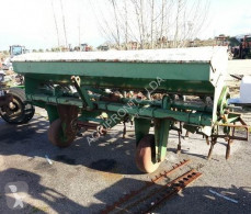 Gil seed drill