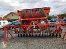 Kuhn VENTA LC 402 seed drill