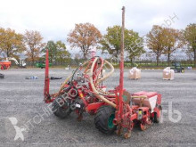 Kverneland Conventional-Till Seed Drill