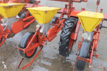 auctions seed drill used Becker n/a Centra Drill 12-rijen Bietenzaaimachine - Ad n°3102518 - Picture 11