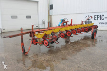 auctions seed drill used Becker n/a Centra Drill 12-rijen Bietenzaaimachine - Ad n°3102518 - Picture 3