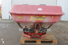 auctions Other seed drill used n/a n/a Trioliet TST Kunstmeststrooier - Ad n°3102534 - Picture 3