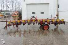 auctions seed drill used Becker n/a Centra Drill 12-rijen Bietenzaaimachine - Ad n°3102518 - Picture 4