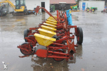 auctions seed drill used Becker n/a Centra Drill 12-rijen Bietenzaaimachine - Ad n°3102518 - Picture 6