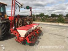 Kverneland crop dusting
