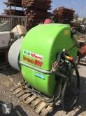 Distributore di fertilizzanti organici usato