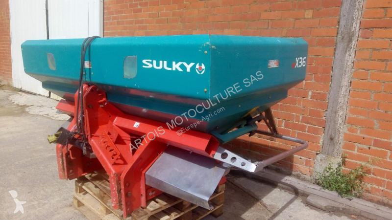 Vedeţi fotografiile Împrăștiere Sulky X36