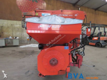 View images Kuhn Venta TF 702 crop dusting