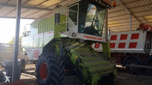 Claas DOMINATOR 198H haymaking