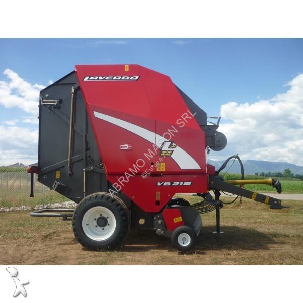 Laverda VB218 haymaking