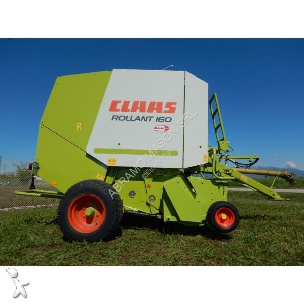 Claas Rollant 160 haymaking
