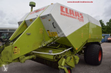 Claas Quadrant 2200 RC haymaking