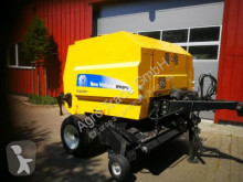 New Holland BR 6090 haymaking