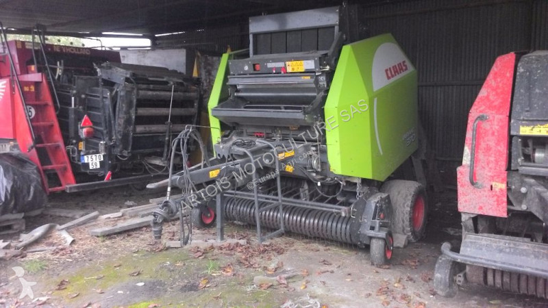 View images Claas Variant 370 haymaking