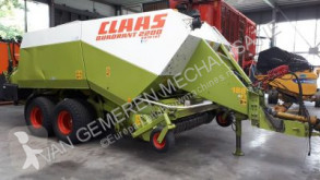 Claas Quadrant 2200RC haymaking
