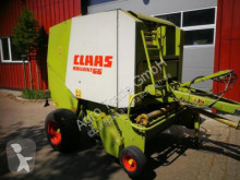 Claas Rollant 66 haymaking