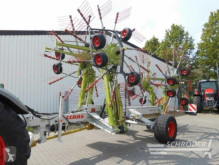 Mașină de adunat-răsfirat Claas
