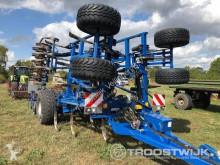 n/a Vector 800 haymaking
