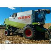 Claas LEXION 460 harvest