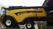 New Holland CX 720 Combine