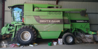 Moissonneuse-batteuse Deutz-Fahr