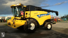 New Holland CR9070