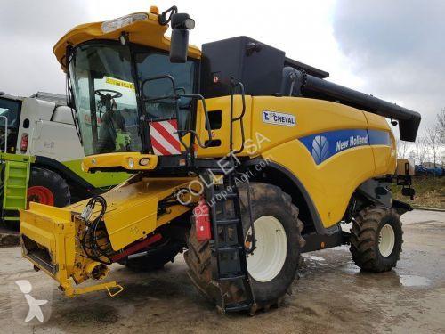 Voir les photos Moisson New Holland CX 8070