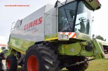 View images Claas Lexion 440 Evolution harvest
