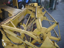 Voir les photos Moisson New Holland 8040
