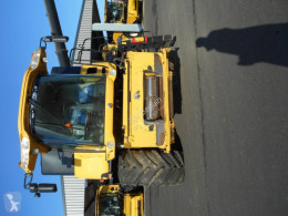 Voir les photos Moisson New Holland CR8070