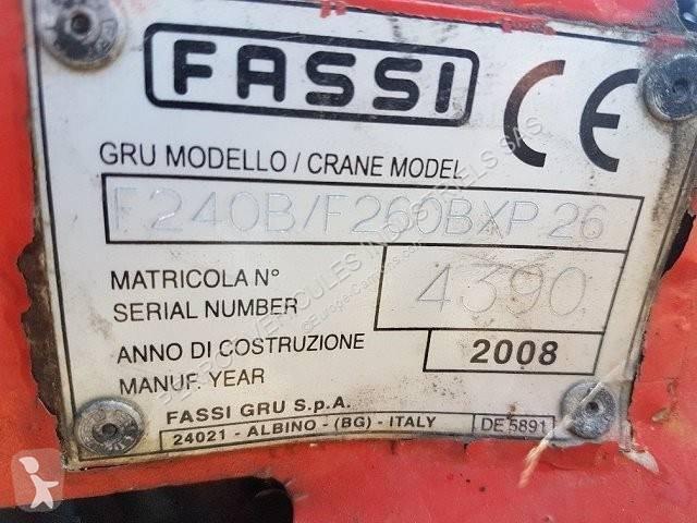Преглед на снимките Оборудване за камиони Fassi