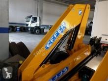 Zobaczyć zdjęcia Wyposażenie ciężarówek Effer 100